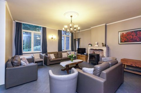 Large accommodation of 4 bedrooms in Bruges - 7433713