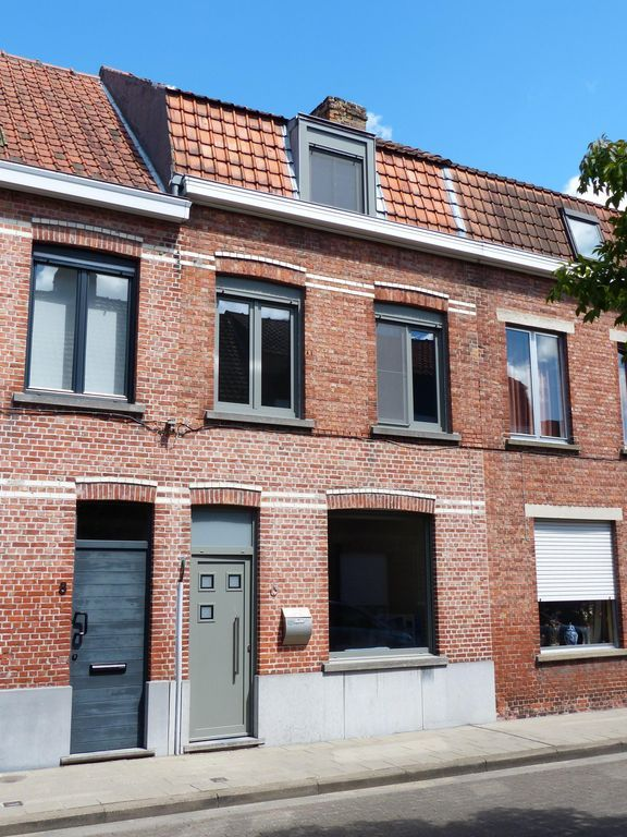 Cosy accommodation in Bruges for 6 guests