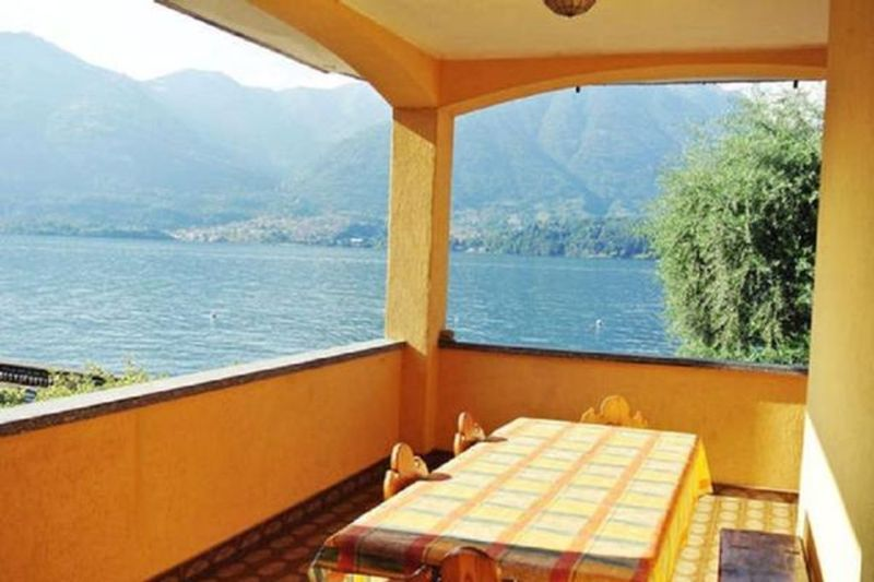 Tourist Flat in Lake como of 2 rooms - 5072983