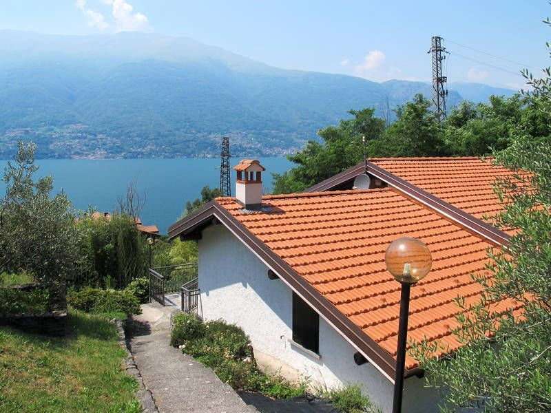 Central holiday home for 5 guests in Lake como
