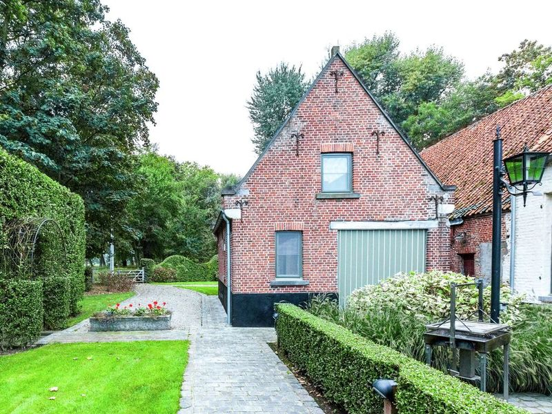 Perfect holiday home of 2 rooms in Bruges