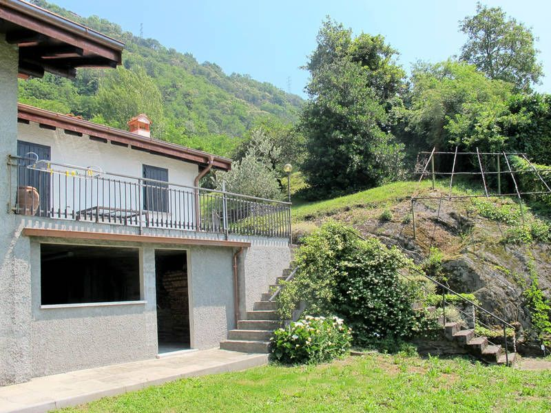 Holiday rental with  Cot in Lake como - 722589