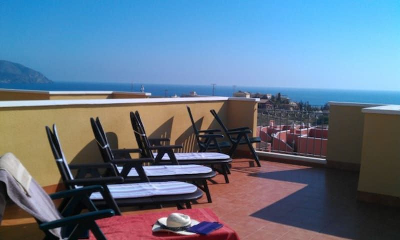 2 bed 2 bath villa with sea views