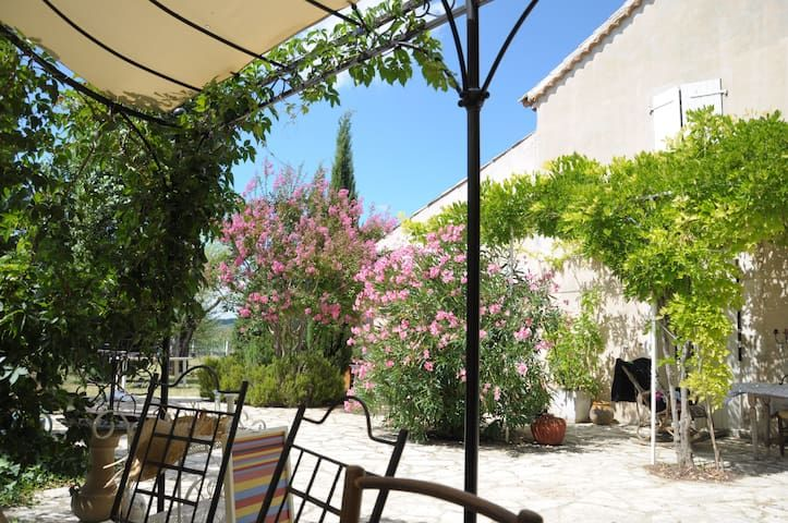 Charming House in Luberon
