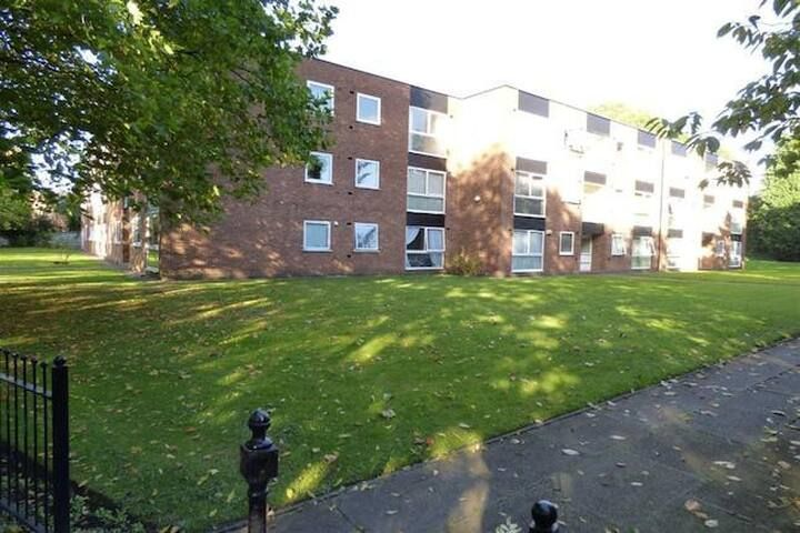 whole 1B flat 1.5 miles south manch