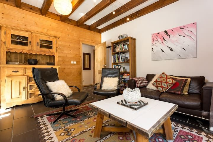 Spacious, secluded apartment for 5 in Les Bossons