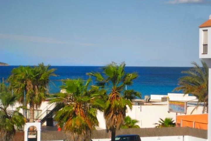 CHEAP HOUSE IN PLAYA DEN BOSSA!!! BM1HAB