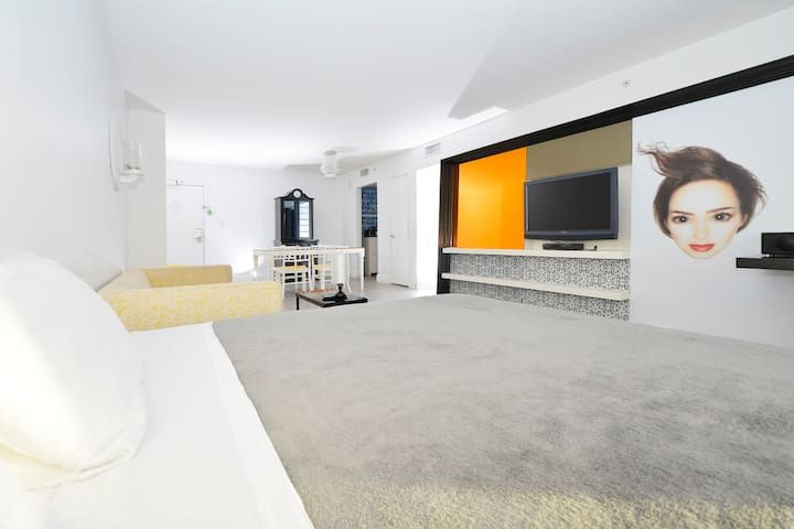 Mondrian South Beach 3 ROOMS#112 - Dos Habitaciones Piso, Capacidad 9