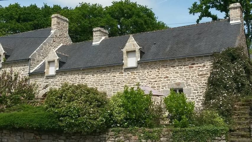 Charming Cottage in South Brittany