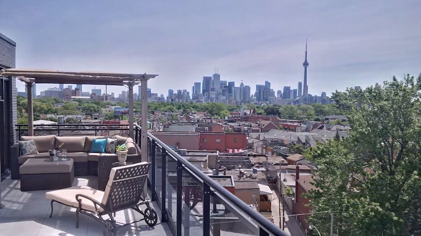 Million Dollar View of Toronto