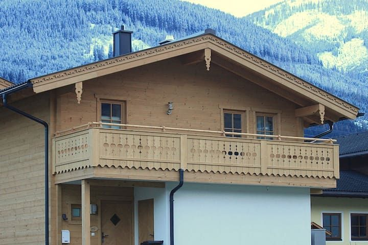 Chalet Wolds