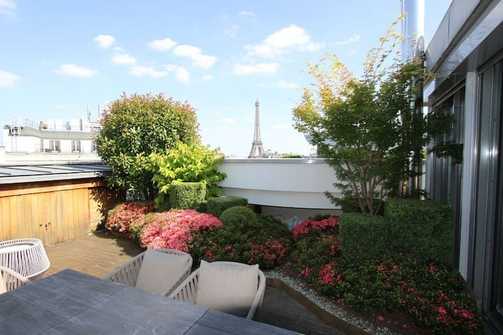 Penthouse Luxury design with AMAZING view on the Eiffel TOWER