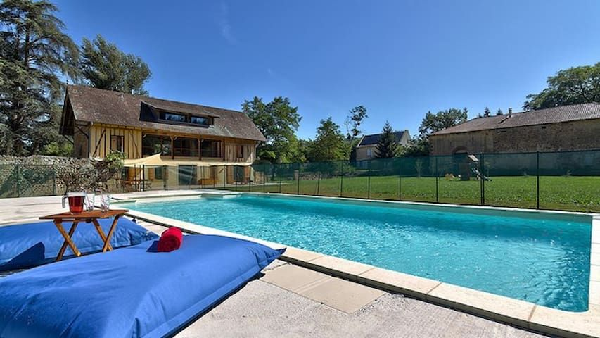 Huge, fully renovated riverfront farmhouse in rural France w/large private pool
