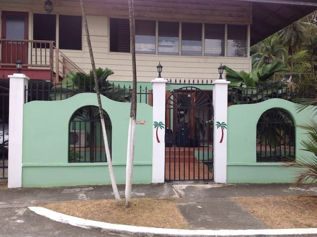 bed & breakfast: Dos Palmitos B&B