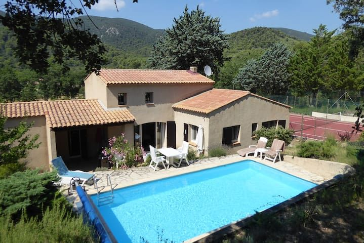 Provencal Country Villa  Pool and Tennis Court
