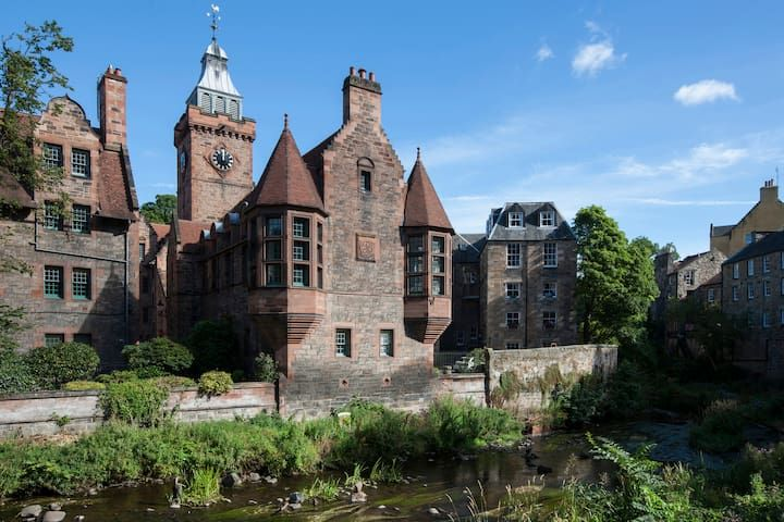 Iconic Dean Village Apartment
