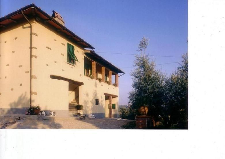 Podere Zollaio - holiday in the heart of  Tuscany