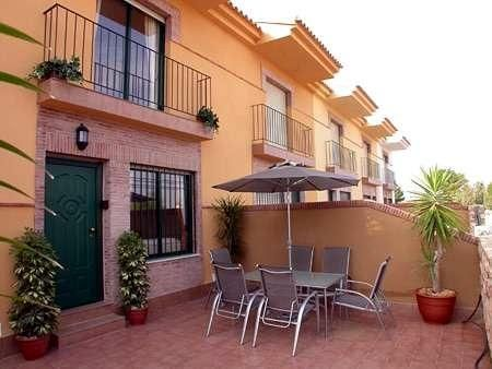 Murcia Spain - Luxury Townhouse Air Con, Free Wi-fi, Pool and in walking distance to the beach.