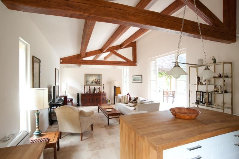 Cottage on beautiful secluded estate in Provence
