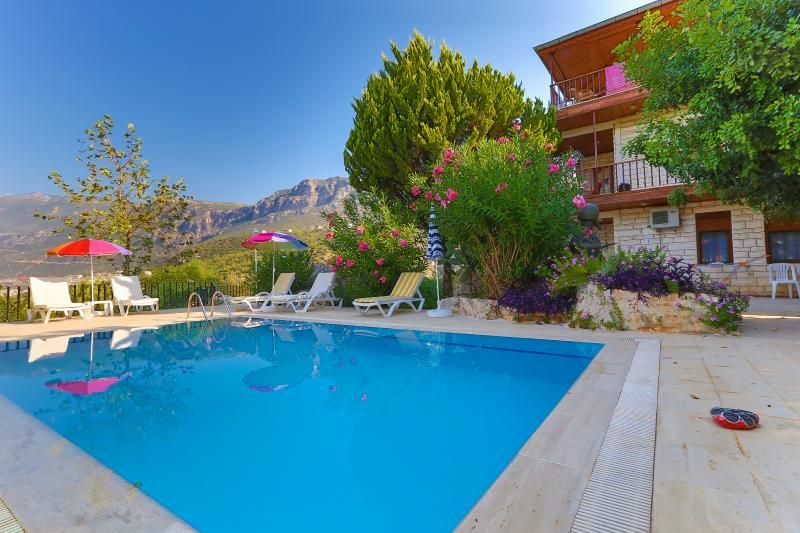 6 PEOPLE SEA & SUNSET VIEW APT. WITH POOL IN KAS
