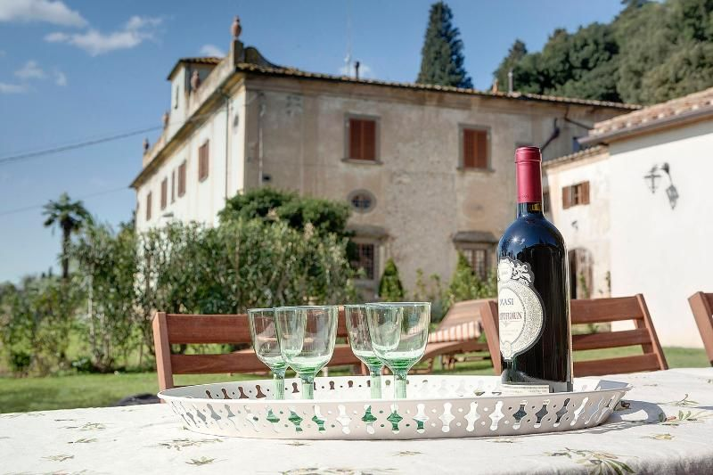 Macia Farmhouse: near Florence!