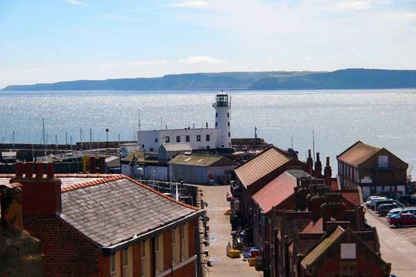 The Moorings  Captain View &  Midships