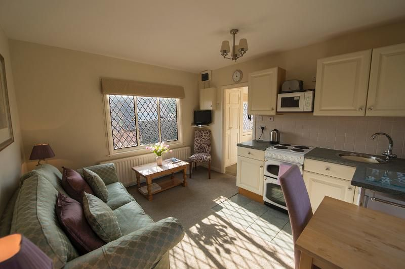 The Pack Horse - Wisteria Apt