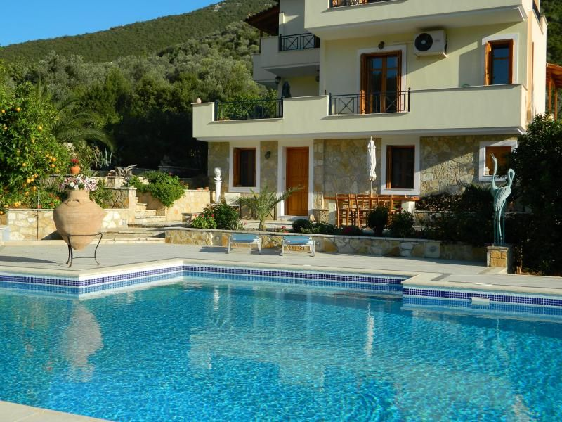 Epidavros Apartment, large with private 12m pool