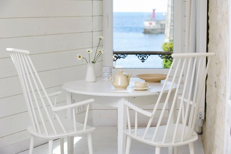 Lovely one-room house, sea-view