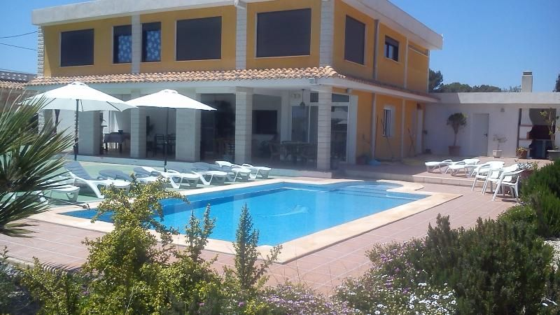 Beautiful spacious private Villa in Alicante