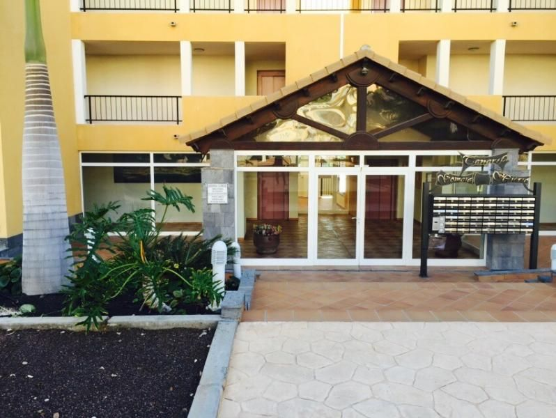 A Spacious 4 Bedroom Townhouse with Jacuzzi