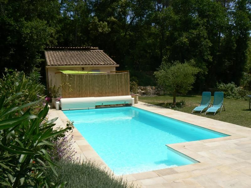 Independent Studio : private terrace, pool, horses