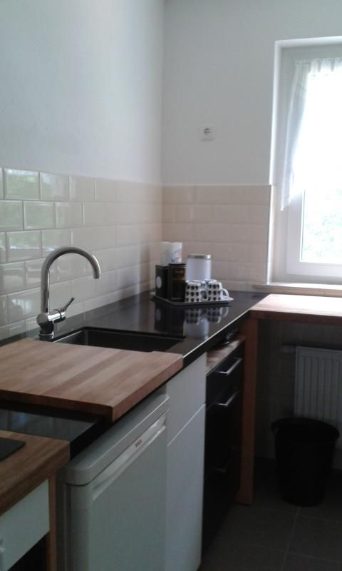 45 minutes BERLIN Lakes/Forest Area NEW APARTMENT