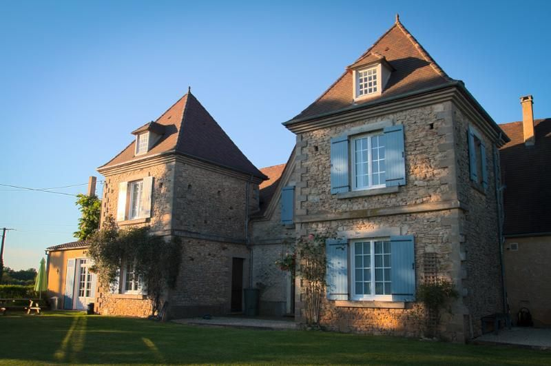 Grapevine Farmhouse Apartment Les-Eyzies