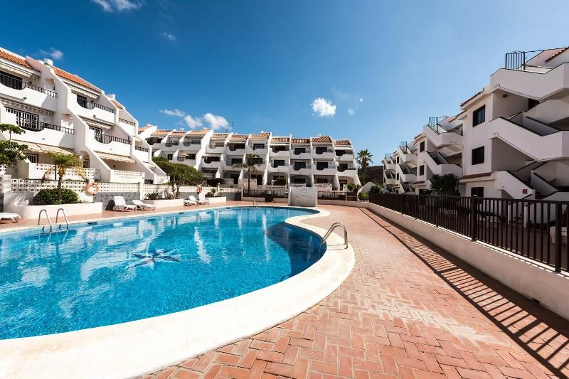 Apartment in Costa del silencio mit pool