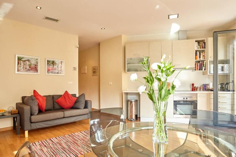 2 Bed Apart. in Historic Ctr.