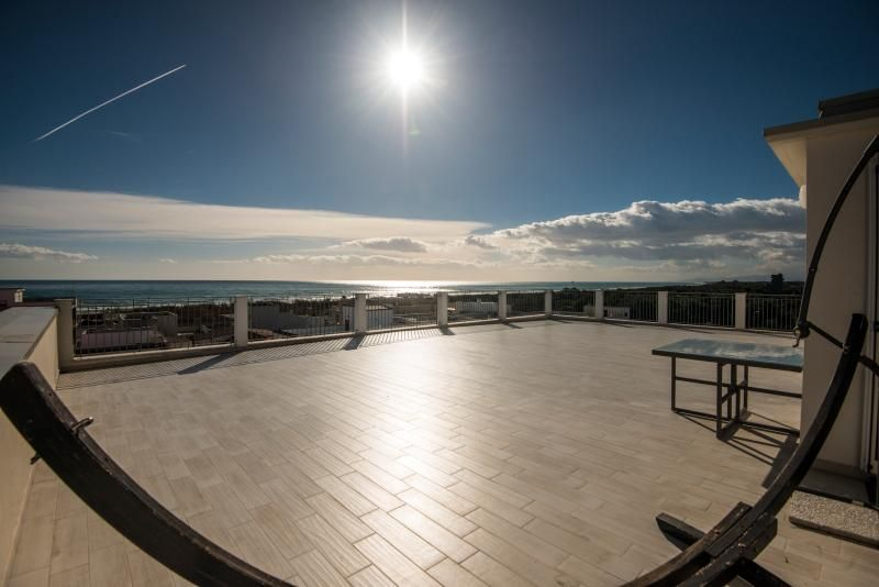 Case Sangiorgio, Penthouse 100mt from the beach