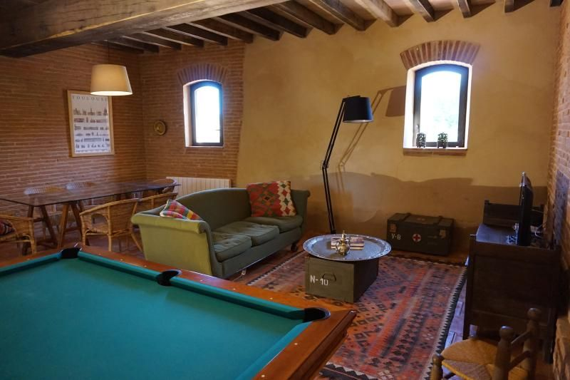 Quiet and authentic cottage near Airbus Toulouse