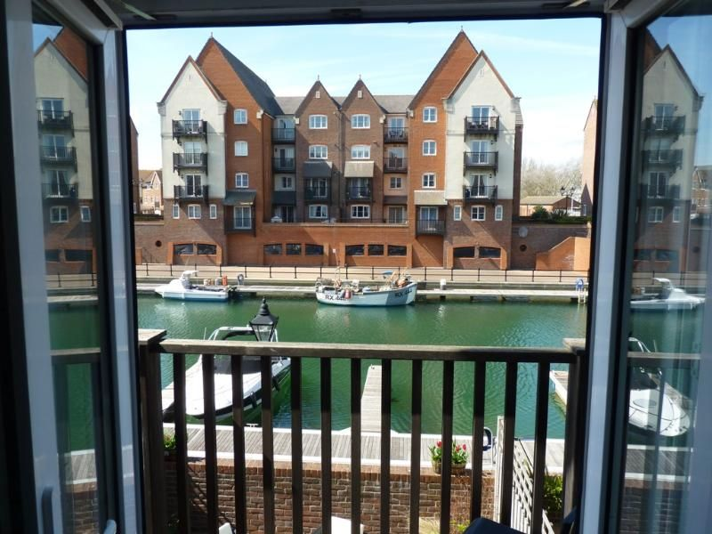 Madeira Quay: 3-bed/2-bath home with water views