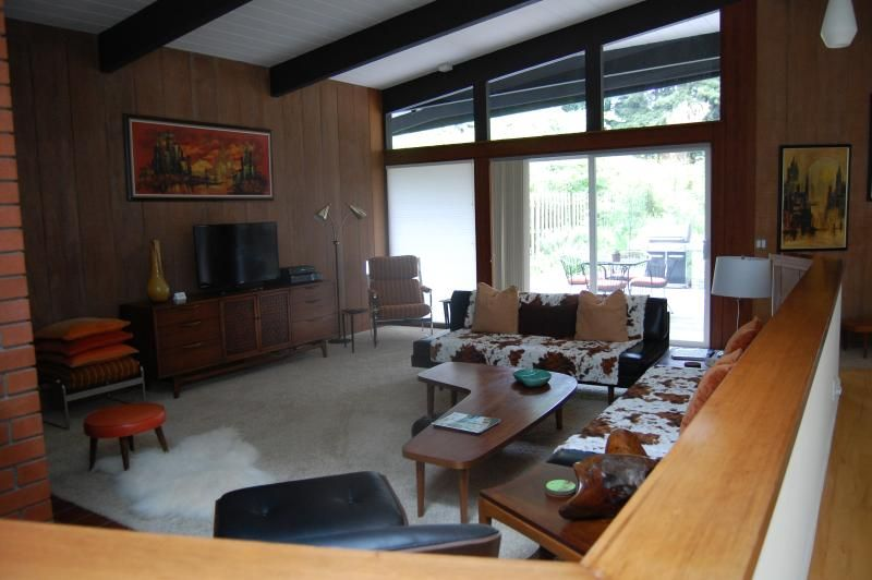 Mid Century Modern Vacation Home in the Redwoods, Eureka, CA