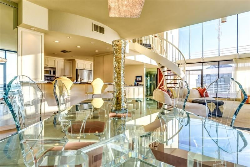 Beachfront Penthouse, nothing else comes close!