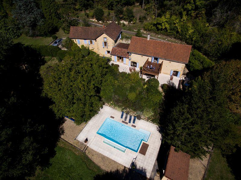 Wonderful 300sqm Perigordine House and Heated Pool