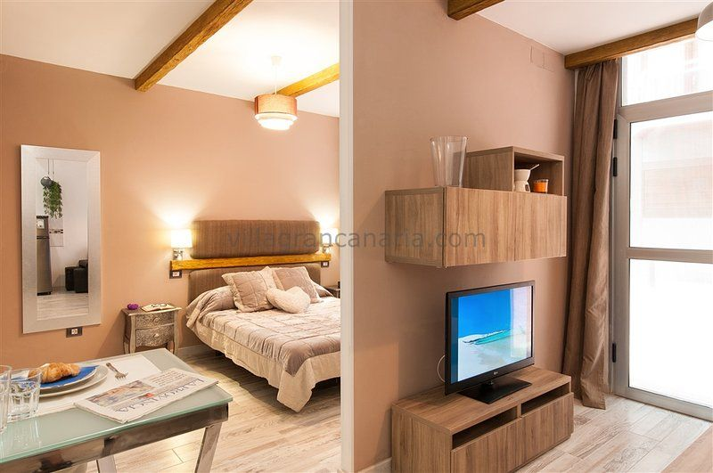 Las Palmas City Beach Apartment M&B 02