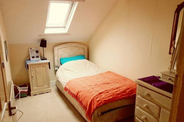 Cosy Single in Tyneside Victorian Attic