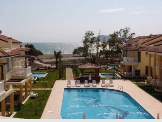 Seaside Residence by the Sea DEALS NOW ON!