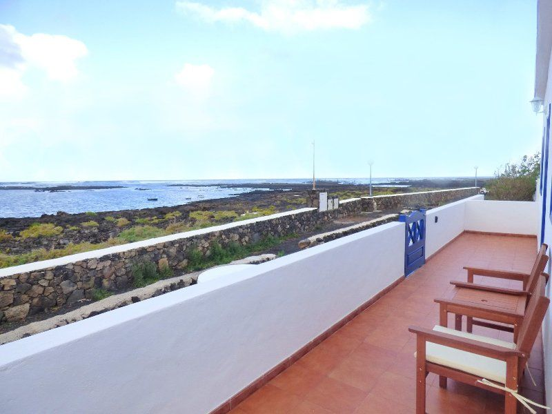 House perfect for natura lovers, first line coast