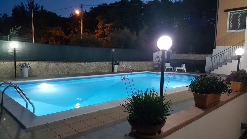 Villa with pool, garden, views Etna and Ionian Sea