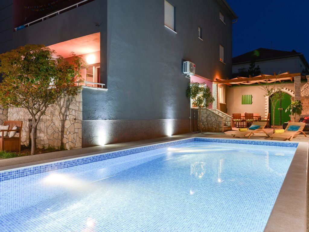Apartment mit pool in Zadar