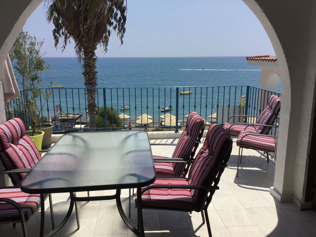 Eingerichtetes Apartment in Pissouri