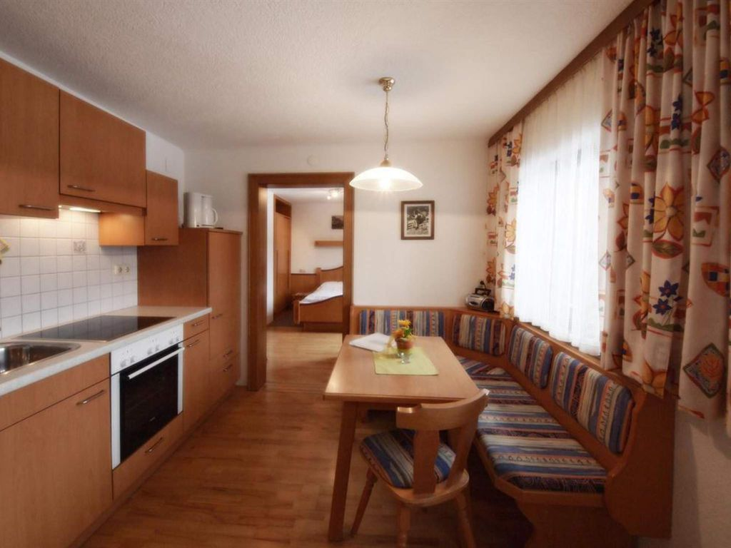 Schweizerhof, Bauernhof Apartment, shower, toilet, 2 bed rooms